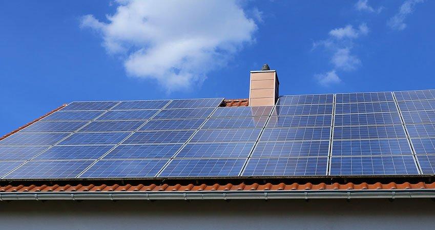Sistemi fotovoltaici e pannelli solari per case e aziende for Pannelli solari immagini