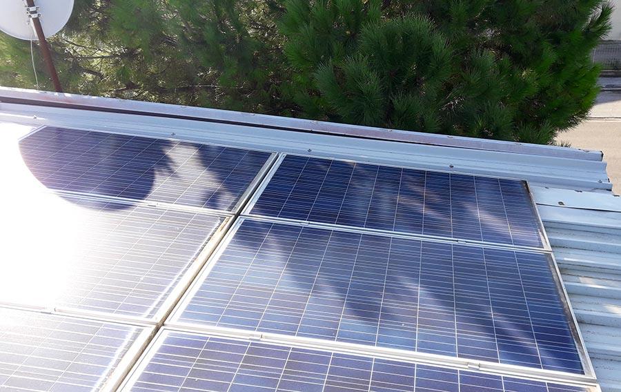 Ombreggiatura in pannello fotovoltaico