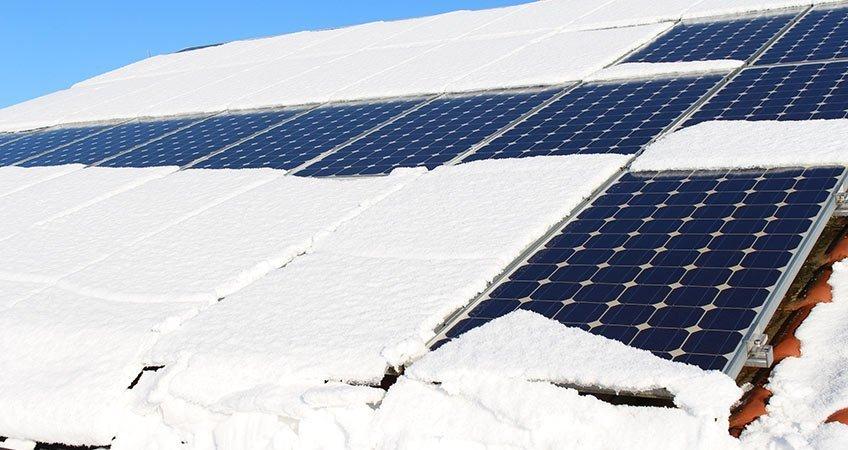 Neve sui pannelli fotovoltaici