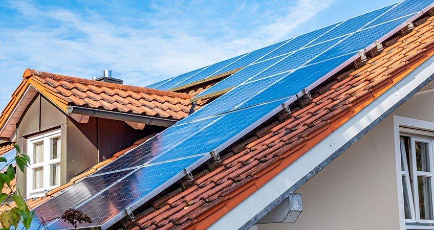 Impianti fotovoltaici e sostenibilità elettrica